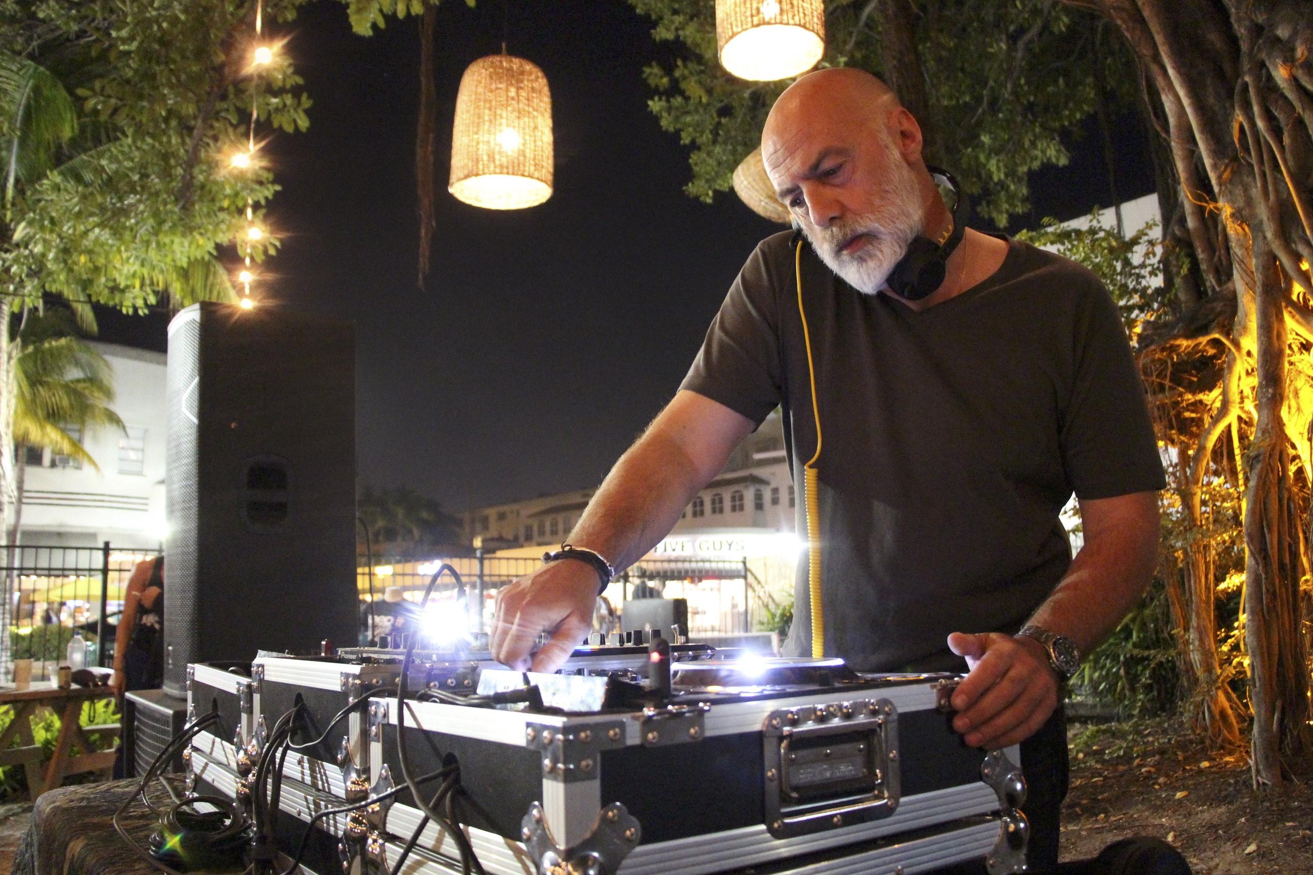 Paolo Albertoni DJ